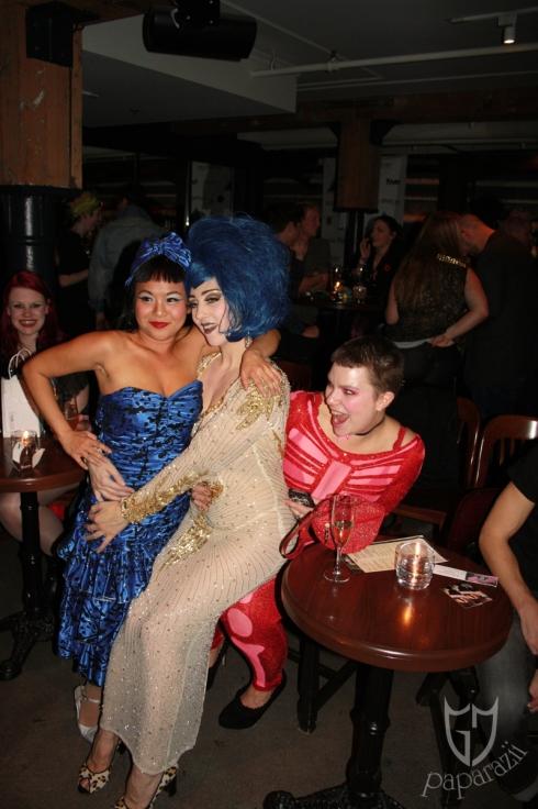 1. Pocket Venus & Indigo Blue make a very happy lady of Tracy Cake.